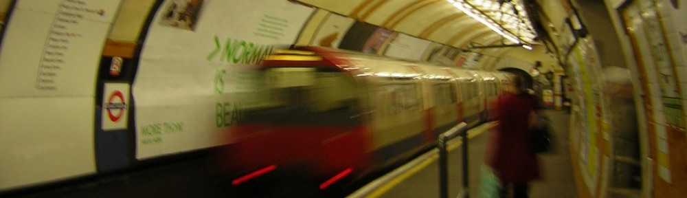 cropped-a04_london_tube1.jpg
